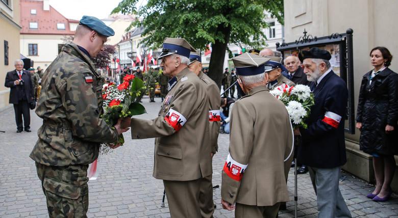 """W czwartek w Rzeszowie odbyły się uroczystości upamiętniające 75. rocznicę akcji """"Burza"""". Galeria zdjęć."""
