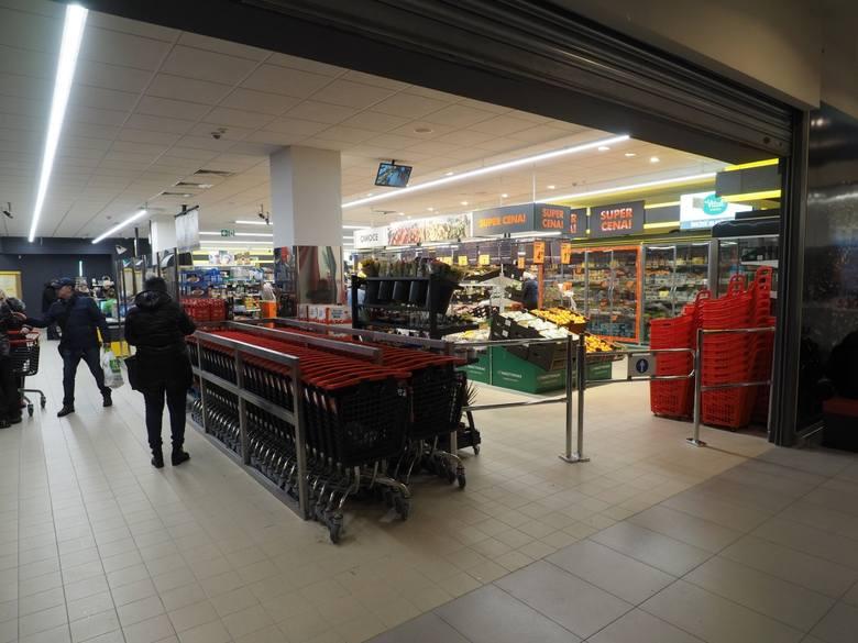 Właścicielem Biedronki jest Jeronimo Martins Polska SA. W całym kraju działa ponad 2,9 tys. sklepów
