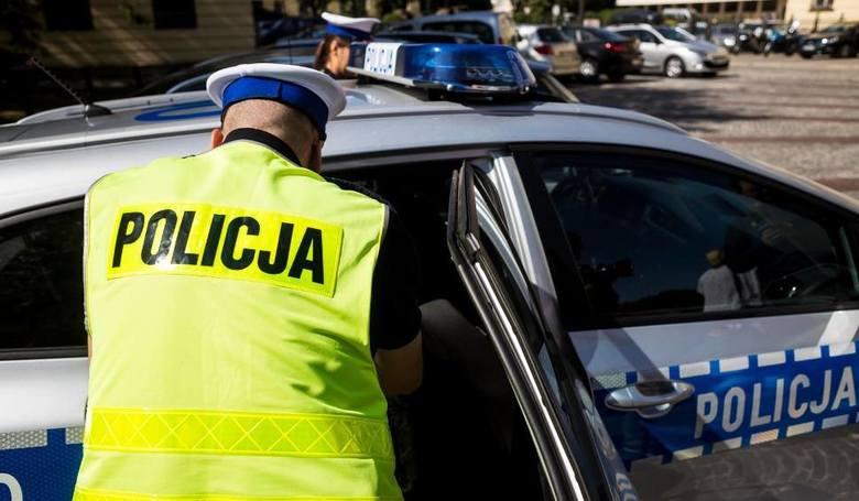 Afera w drogówce Zabrzu: prokuratura umorzyła śledztwo w sprawie wyniesienia dokumentów z komendy