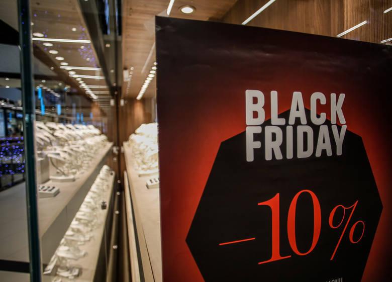 Black Friday Biedronka 2018. Czarny Weekend w Biedronce PROMOCJE, OBNIŻKI, PRZECENY, OFERTA na odzież i obuwie w niższej cenie 23-25.11.2018
