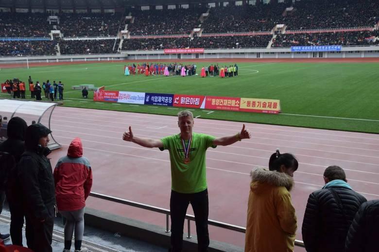 Profesor Zygmunt Waśkowski w ubiegłym roku ukończył maraton w północnokoreańskim Pjongczangu. Jego druga biegowa wizyta w Azji będzie natomiast związana