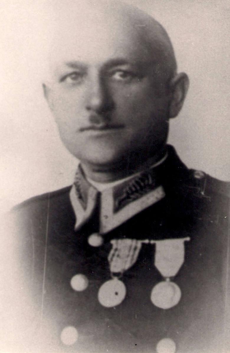 L. Gaca po awansie na przodownika policji (zdjęcie z 1934 r.)