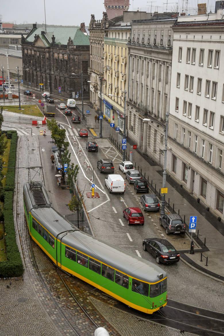 Zarząd Dróg Miejskich przypomina mieszkańcom, którzy uprawnieni są do nabycia identyfikatora na preferencyjnych zasadach, że w przypadku zawarcia umowy cywilno-prawnej z osobą fizyczną lub prawną dotyczącej użyczenia pojazdu po stronie biorącego pojazd w bezpłatne używanie powstaje przychód. -...