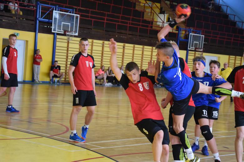 Podczas minionego weekendu, od piątku do niedzieli, Towarzystwo Sportowe ZEW Świebodzin było gospodarzem dorocznej imprezy pn. Festiwal Piłki Ręcznej.