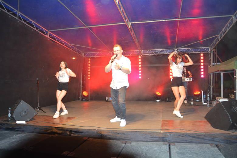 O dobrą atmosferę podczas zabawy w Przyłęku zadbał zespół Silvers.