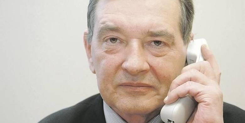 Ryszard Kiedrowski, prezes Lubuskiej Okręgowej Izby Aptekarskiej w Zielonej Górze i członek Naczelnej Rady Aptekarskiej: - Na szczęście są nowe przepisy dotyczące funkcjonowania aptek i organy ścigania wreszcie zaczynają działać. Miejmy nadzieję, że to się da opanować.<br /> <br />