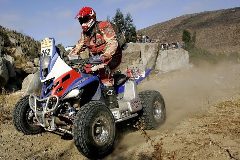 Rafał Sonik przekazał na aukcję WOŚP quad Yamaha Raptor 700. To na tej maszynie polski kierowca w 2009 roku wywalczył III miejsce w Rajdzie Dakar.<br /> <br /> Obecna cena: 16 650 zł<br /> [b][a]http://aukcje.wosp.org.pl/dakarowy-quad-rafala-sonika-yamaha-raptor-700-i3865899;Link do...