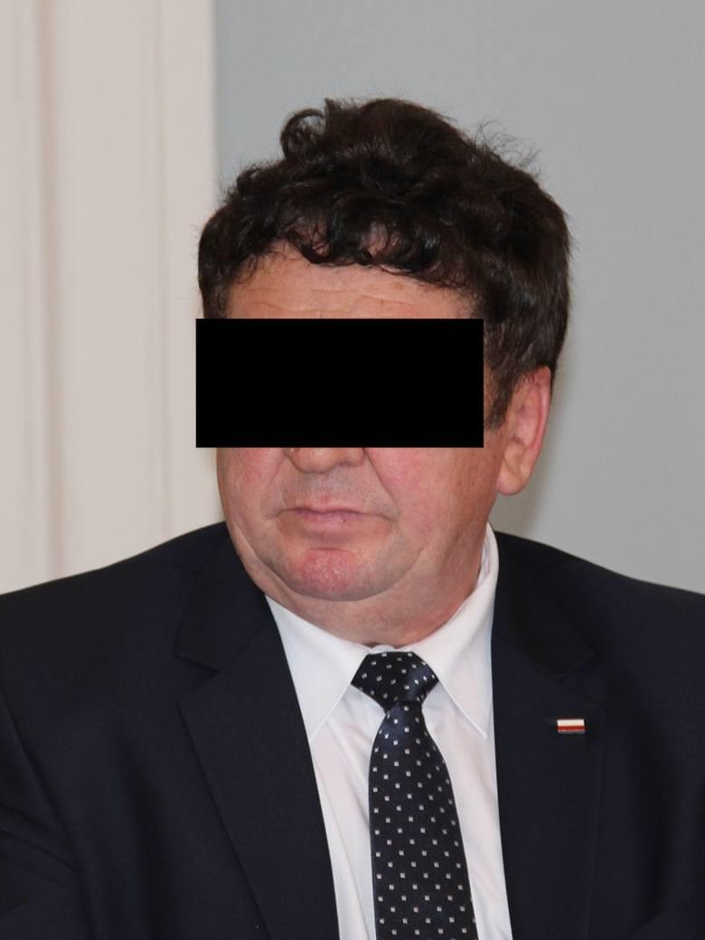 Zbigniew A. jest radnym PiS z powiatu puławskiego