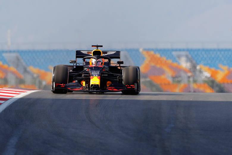 Grand Prix Turcji. Verstappen najszybszy treningach. Duża strata Hamiltona