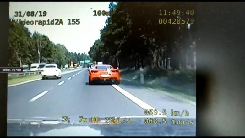 Ferrari poruszało się po DK 86 aż 177 km/h. Do akcji wkroczyła katowicka drogówka