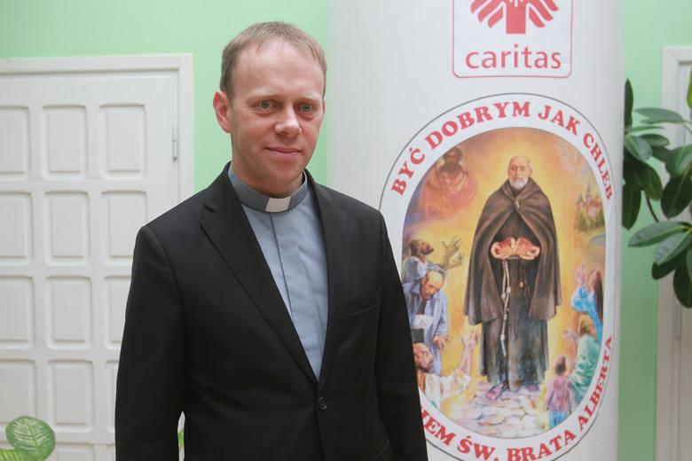 - Caritas Diecezji Rzeszowskiej współpracuje z Rzeszowskim Towarzystwem Pomocy im. św. Brata Alberta. Gdy na zewnątrz trzyma siarczysty mróz – troszczymy