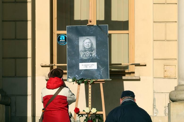 Pogrzeb Romualda Lipki. Zmiany w organizacji ruchu w związku z uroczystym pożegnaniem artysty