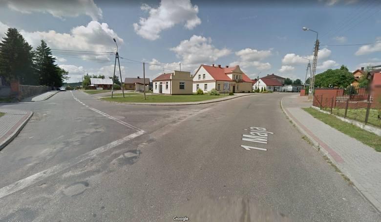Gmina Szumowo. W ramach dekomunizacji, wojewoda zmienił dwie nazwy ulic. Zmiana oburzyła ludzi.