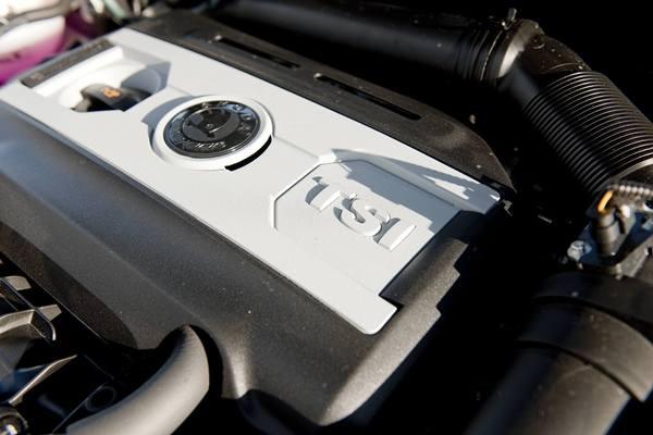 Silnik 2.0 TSI to nowa jednostka w Superbie.