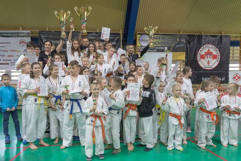 Ósma edycja Ogólnopolskiego Turnieju Karate Kyokushin odbyła się 14 kwietnia w Rawie Mazowieckiej. W turnieju uczestniczyli zawodnicy z RKKK Rawa i Akademii Gorila ze Skierniewic. Rawski klub zdobył rekordową liczbę 42 medali, a skierniewicki 10.