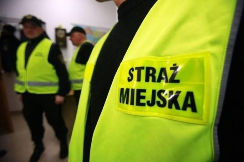 Kraków. 14 miesięcy więzienia dla nożownika za atak pod Sukiennicami