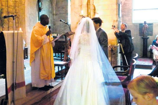 ślub I Wesele Po Francusku Przegrzebki Wino I Trzeźwy Wujek