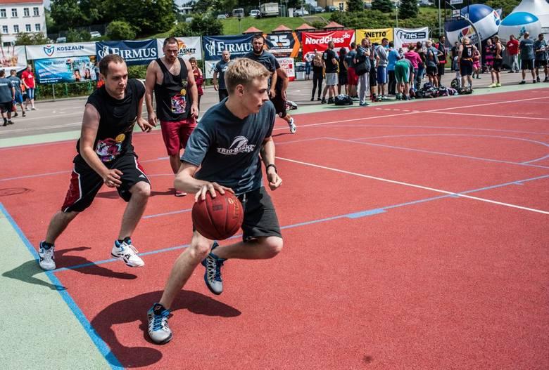 To bez dwóch zdań prawdziwe święto koszykówki ulicznej i polskiego rapu. Za nami ósma edycja Trio Basket Koszalin, która cieszyła się rekordowym zainteresowaniem.