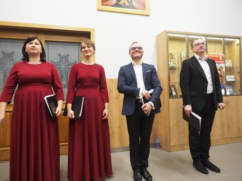 """Parafia Zmartwychwstania Pańskiego. Ensemble QuattroVoce - promocja płyty """"Orthodox Christmas – Oh, What a Wonder!"""""""