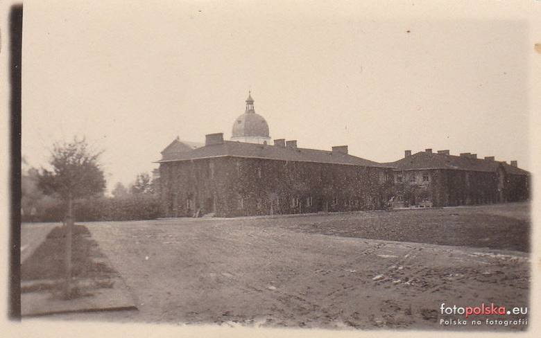 8. październik 1939, Skierniewice, koszary, blisko kościoła garnizonowego NMP