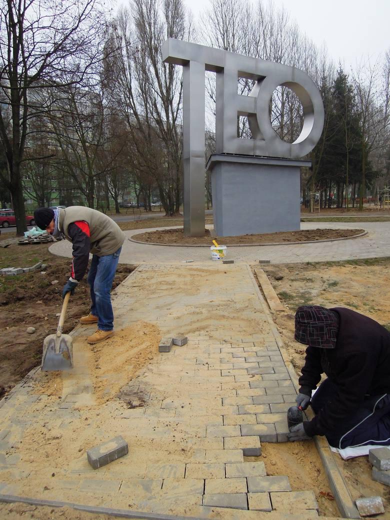 Nowy symbol Teofilowa w Parku Żeromskiego w Łodzi [ZDJĘCIA]