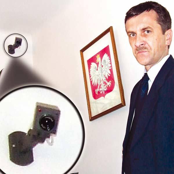 - W gabinecie siedzę sam. Dzięki monitoringowi czuje się bezpieczniej - mówi Marian Pędlowski, Powiatowy Inspektor Nadzoru Budowlanego w Stalowej Wo
