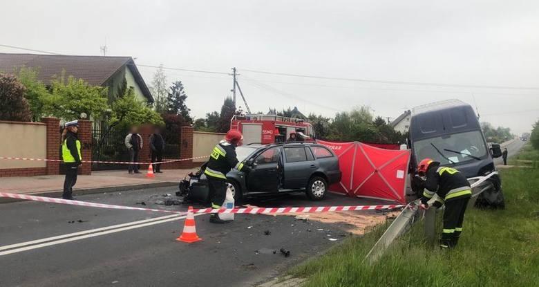 Do zdarzenia doszło dzisiaj w miejscowości Ruda na drodze wojewódzkiej nr 486. Według wstępnych ustaleń policjantów pracujących na miejscu zdarzenia