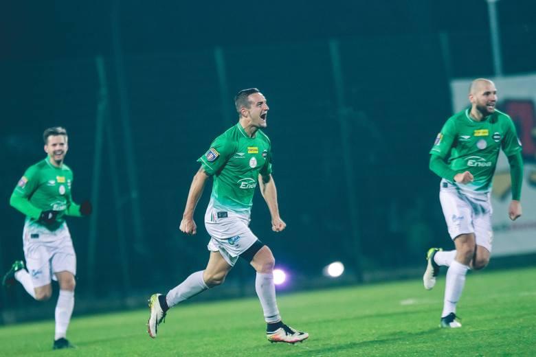 W pojedynku 1/16 finału Fortuna Pucharu Polski piłkarze Radomiaka Radom wygrali na wyjeździe 1:0 z 2-ligową Pogonią Siedlce. Bramkę dla zielonych na
