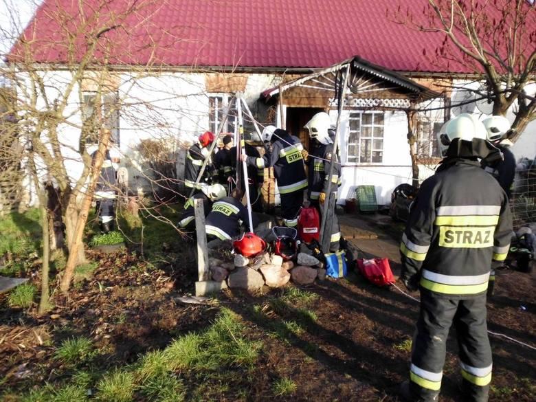 Do tragicznego wypadku doszło w pierwszy dzień świąt w miejscowości Krobielewko (pow. międzyrzecki).Do studni przy jednej z posesji wpadł 41-letni mężczyzna.
