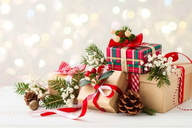 Niedługo Boże Narodzenie, więc wszyscy – nie tylko dzieci – myślimy o gwiazdkowych prezentach. Najczęściej znamy upodobania i preferencje bliskich, ale