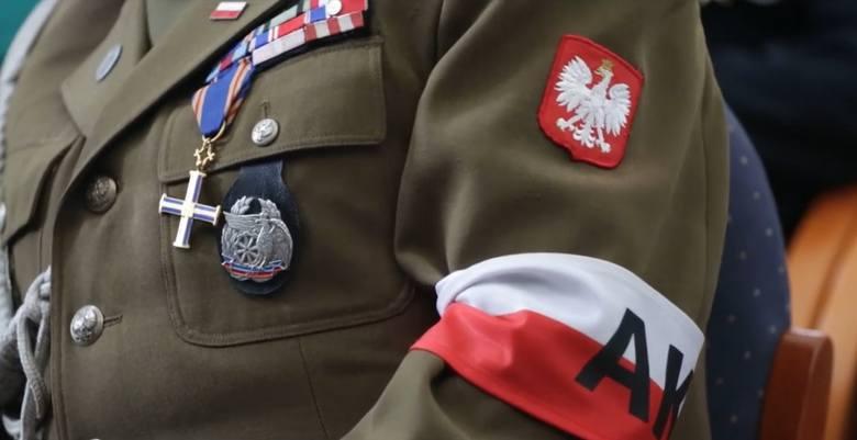 Paczka dla Bohatera 2019: Pomóż kombatantom i weteranom godnie spędzić Boże Narodzenie
