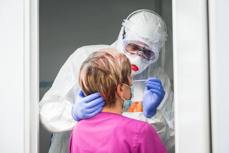 Ministerstwo Zdrowia podaje informacje o kolejnych zarażeniach w Polsce