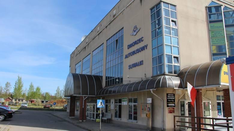 W przyszłym tygodniu kasy biletowe wrócą do budynku głównego dworca PKS. Podróżni będą też mogli korzystać z poczekalni oraz toalet. Ale te ostatnie