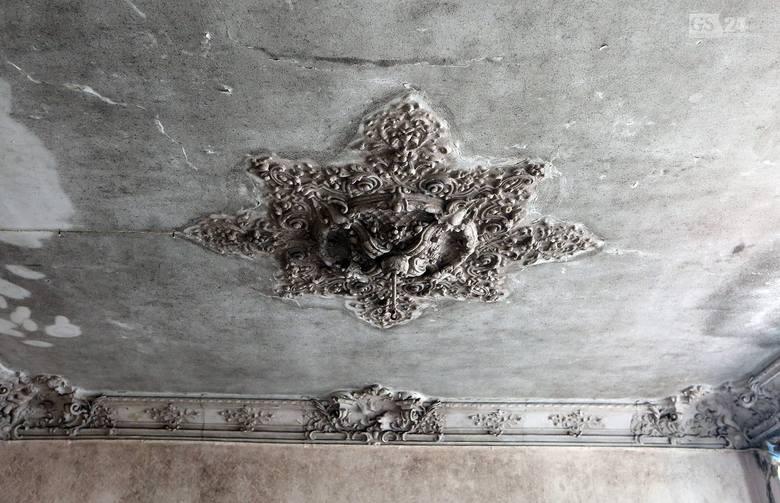 Stare, secesyjne i eklektyczne kamienice przy ulicy Śląskiej 48, 46 i 45 zaczynają odsłaniać swoje utracone po wojnie piękno. Za sprawą Magnusa Isakssona i firmy Lorenshill Centrum Development, którą stworzył specjalnie po to, aby kamienice poddać renowacji.<br /> <br /> Ulf Magnus Isaksson...