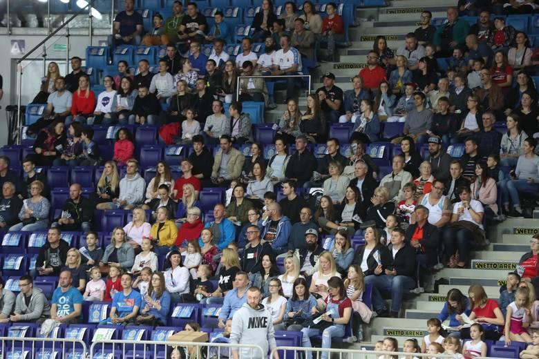 Jubileuszowa, 10. edycja siatkarskiego Meczu Gwiazd odbyła się w sobotę w Szczecinie. Sportowcy zagrali na rzecz Zachodniopomorskiego Hospicjum dla Dzieci