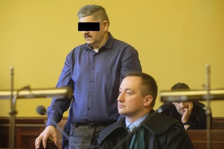 Grzegorz Cz. z Karbowa pod Brodnicą zamordował ojca łomem, a matkę i brata usiłował zabić. Działał w zamiarze nagłym i ewentualnym - orzekł Sąd Okręgowy