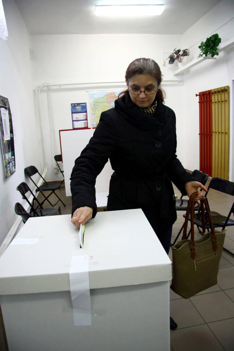 Wybory samorządowe 2018: Dlaczego warto głosować? Wpływ samorządów na przedsiębiorczość i rynek pracy