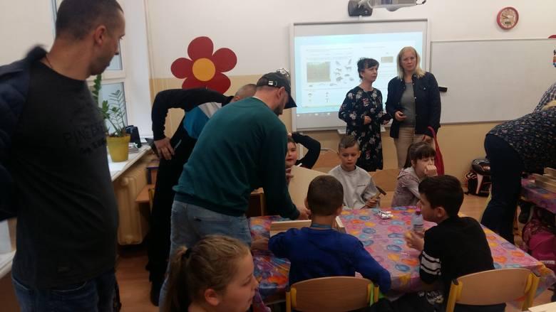 W szkole w Bierkowie zbudowali 55 domów dla nietoperzy