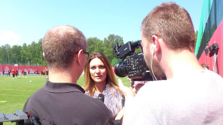 Dziewczyna Arkadiusza Milika Jessica Ziółek również stanęła przed kamerami