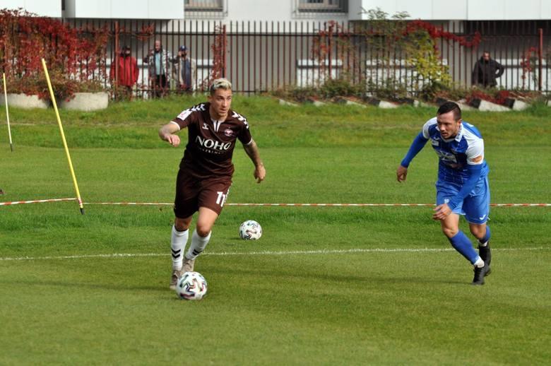 W Garbarni występował w rundzie jesiennej bieżącego sezonu. Rozegrał 17 ligowych meczów (14 w wyjściowym składzie, 7 pełnych), strzelił 4 bramki, zarobił