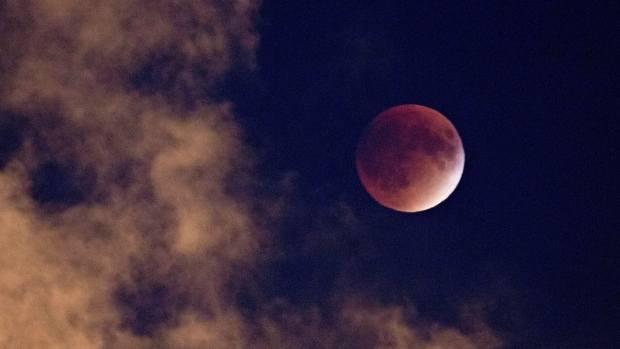 Krwawy Superksiężyc 31.01.2018. Już w środę na niebie niezwykłe zjawisko astronomiczne - Krwawy Superksiężyc, czyli - jak nazwało je NASA - Super Blue