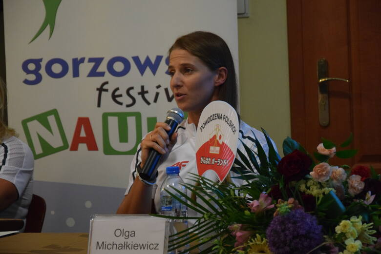 To był dzień kajaków i wioseł w Gorzowie. AZS AWF i mieszkańcy powitali Annę Puławską i innych naszych olimpijczyków z Tokio