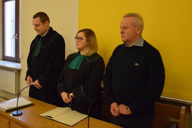 Mirosław Karapyta, były marszałek województwa podkarpackiego i był wojewoda podkarpacki, został skazany przez Sąd Rejonowy w Przemyślu na cztery lata
