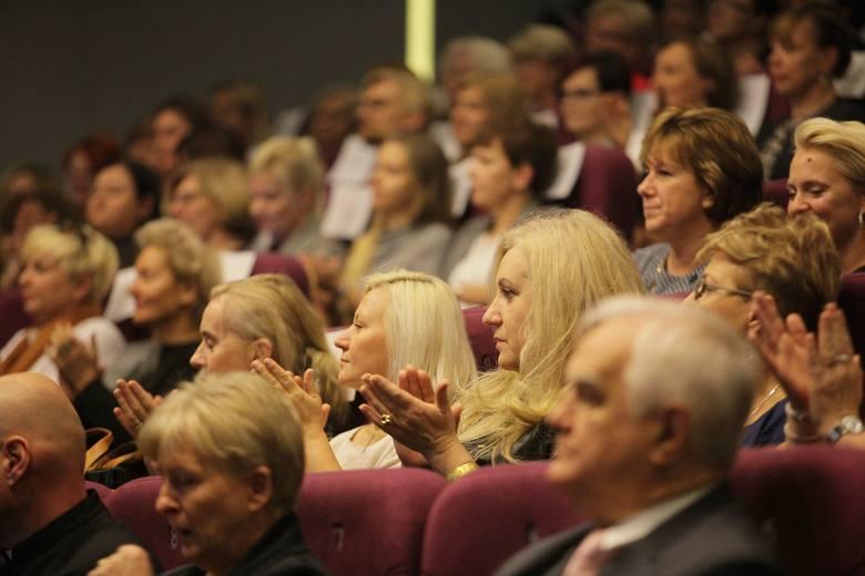 Nauczyciele świętują już od piątku – na zdjęciu gala wręczenia nagród najlepszym w Łodzi (z 11 października). Ale już od wtorku (15 października) strajk