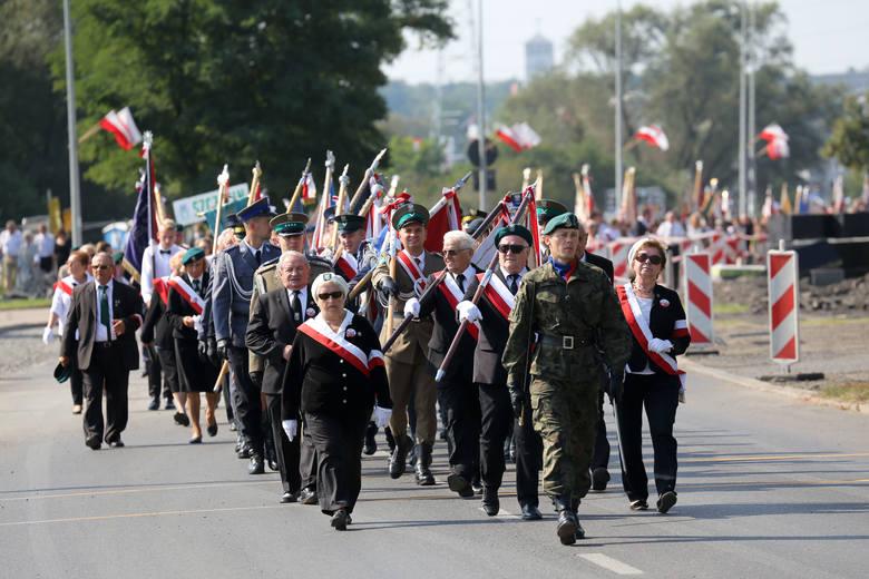 Międzynarodowy Marsz Żywej Pamięci Polskiego Sybiru 2016 przeszedł ulicami Białegostoku