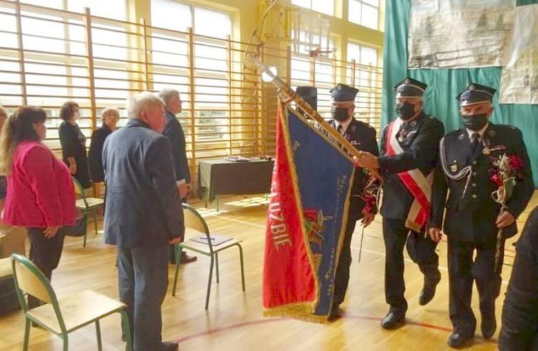 W Skarżysku Kościelnym rozpoczęto obchody 25-lecia odrodzenia gminy. 18. mieszkańców otrzymało medale (ZDJĘCIA)