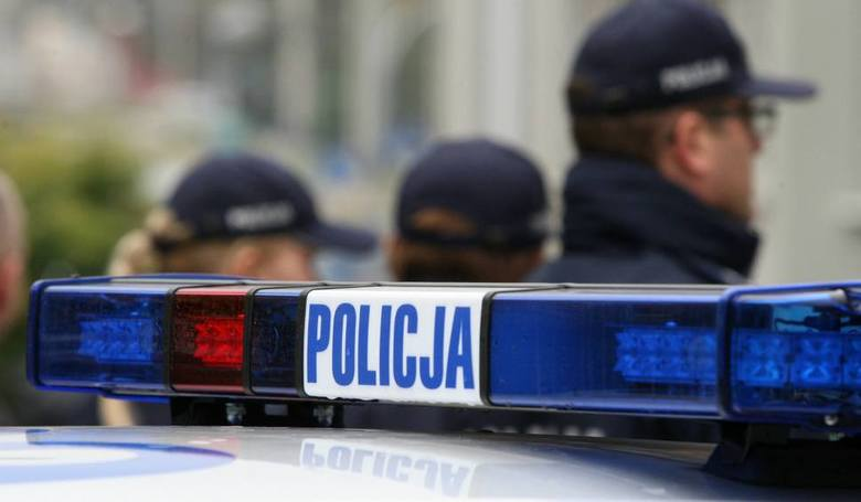 Potrącił dziewczynkę i odjechał. Policjanci zatrzymali 90-latka