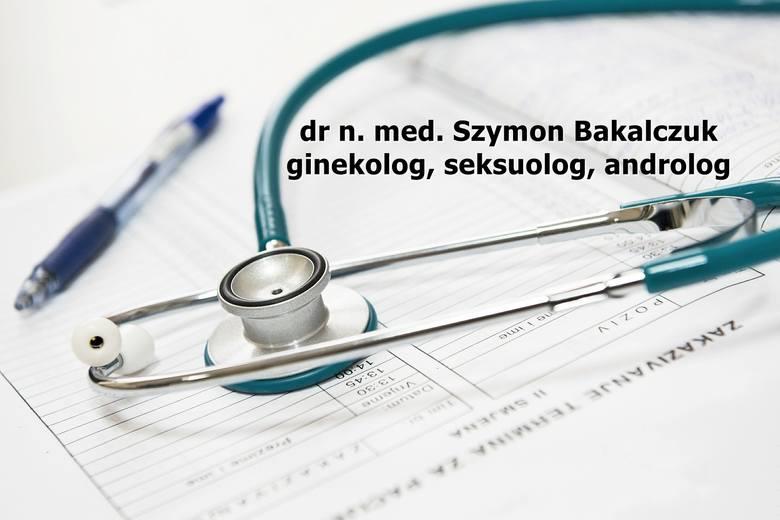 Przyjmuje w prywatnym gabinecie lekarskim na Krakowskim Przedmieściu 13 oraz w Specjalistycznym Centrum Medycznym Ovum w Konopnicy 85F. Prowadzi praktykę