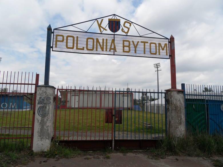 Najgorsze stadiony w Polsce [TOP 10]