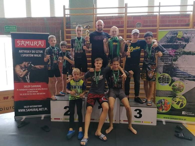 W Tarnowie Podgórnym nieopodal Poznania rozegrano Puchar Polski Duko 2019 w brazylijskim jiu-jitsu. Zawody zakończyły się wielkim sukcesem zawodników